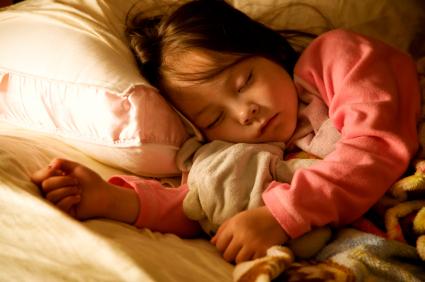 שינה עמוקה הרטבה טיפול הומאופתי