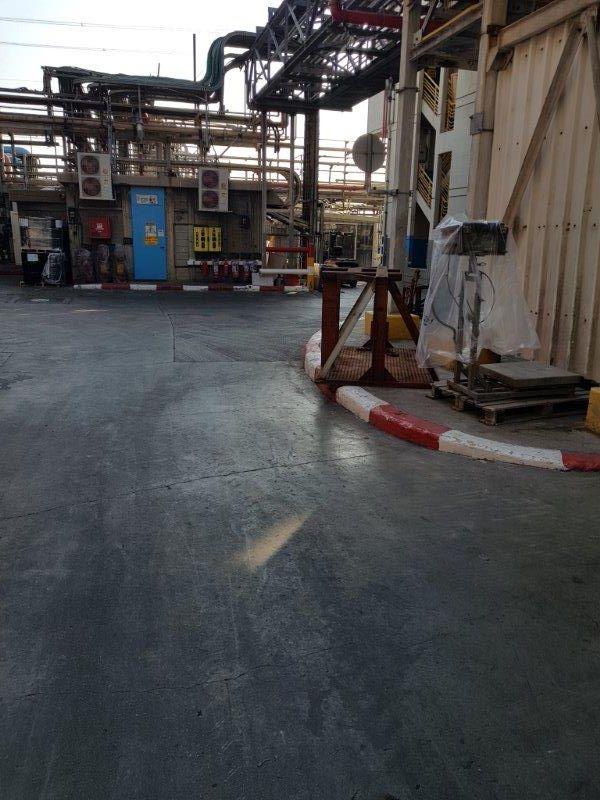 בטון חלק, מחליק anti slip