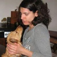 נועה גפני – מטפלת בעזרת בעלי חיים וכלבנות טיפולית