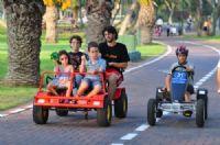 מכוניות פדלים בפארק גני יהושוע