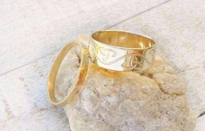זוג טבעות נישואין בעיצוב אישי, זהב 14 קראט
